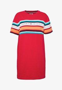 Tommy Jeans - LOGO TEE DRESS - Jerseykjole - blush red - 3
