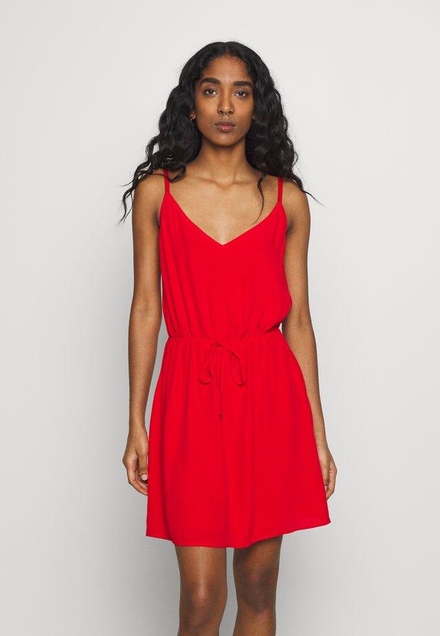 ESSENTIAL STRAP DRESS - Vestido informal - deep crimson