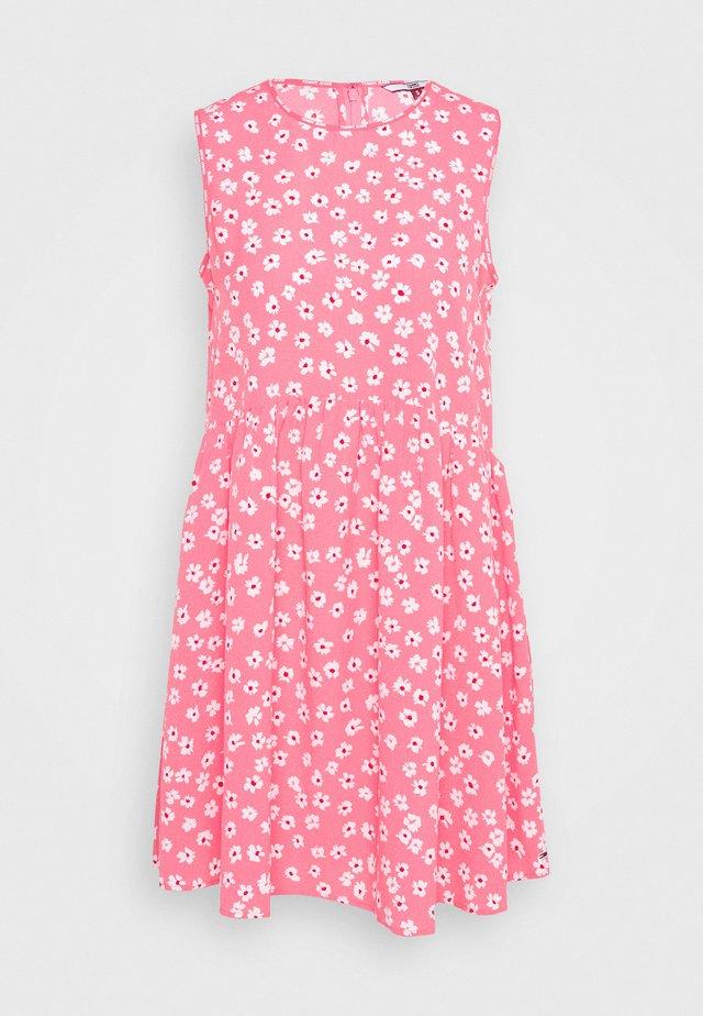 DROP WAIST DRESS - Korte jurk - glamour pink