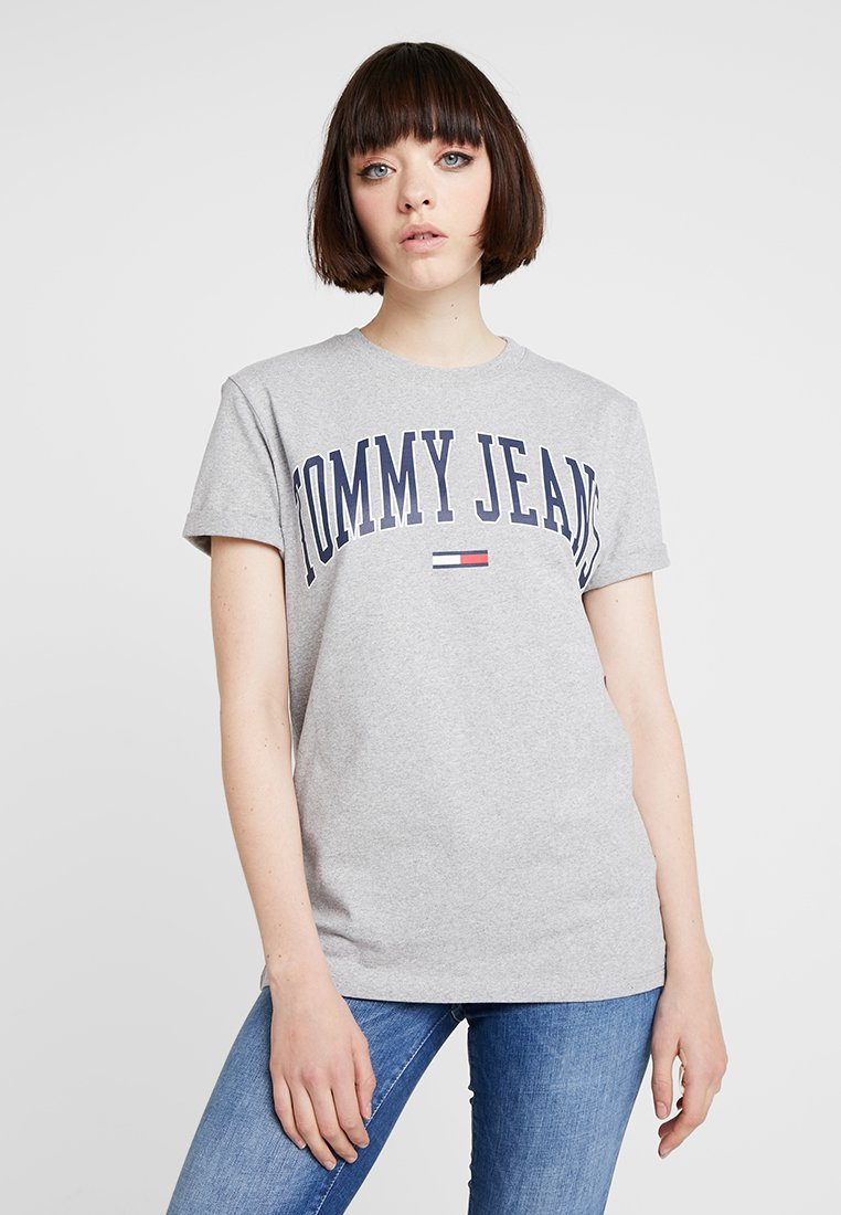 Tommy Jeans - COLLEGIATE LOGO TEE - T-shirt print - light grey heather