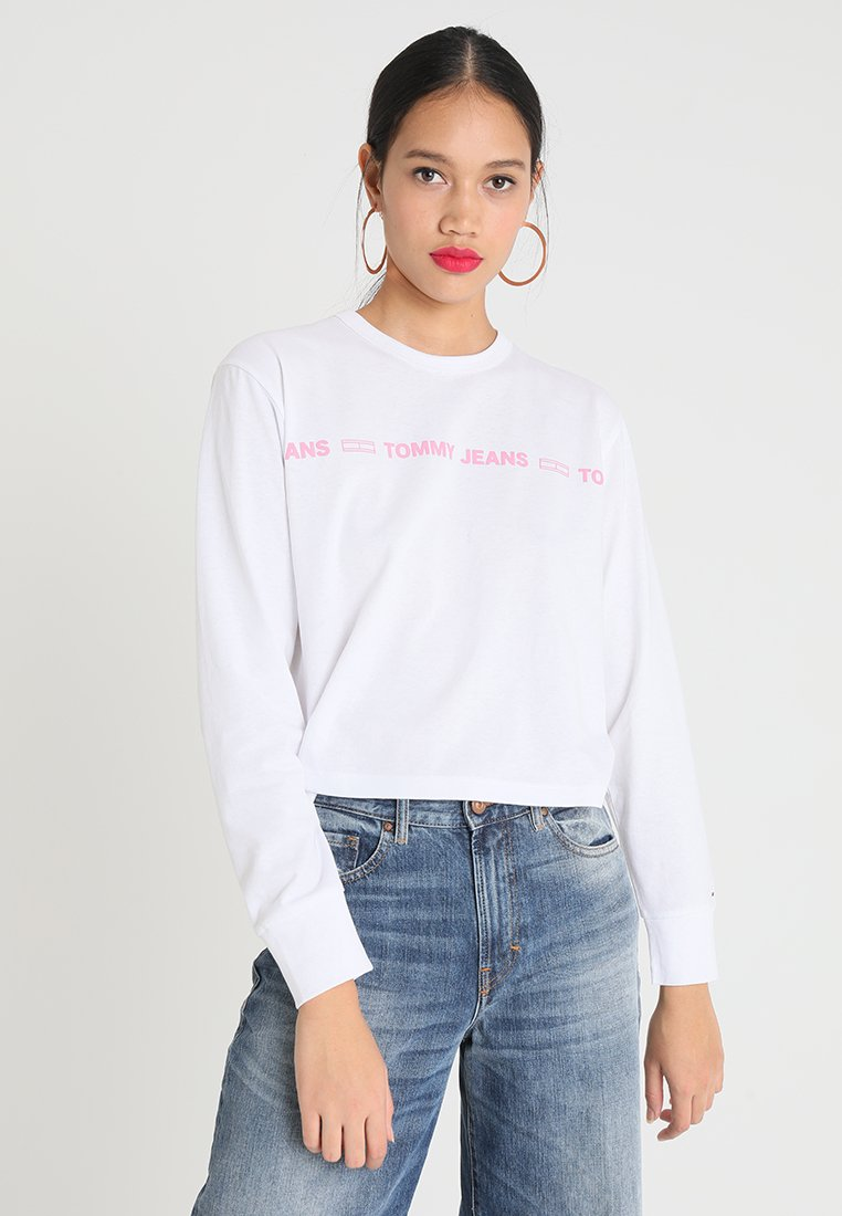Tommy Jeans - LINEAR STATEMENT LONGSLEEVE - Long sleeved top - classic white