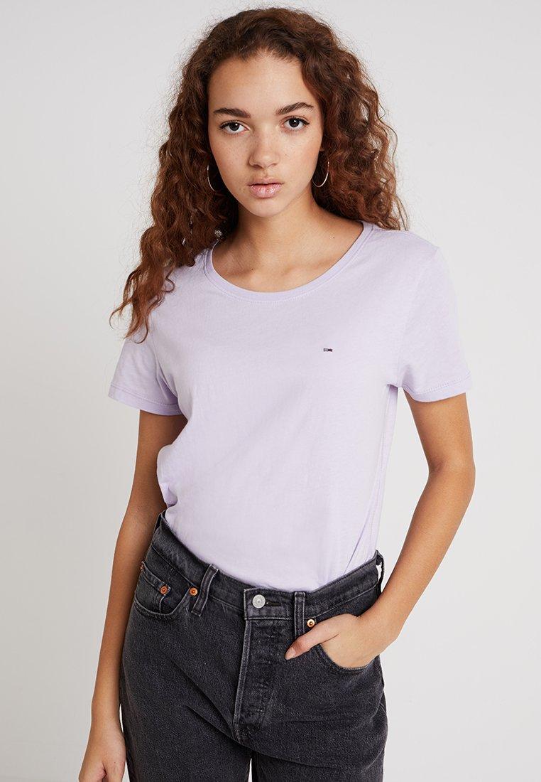 Tommy Jeans - SOFT TEE - Camiseta básica - pastel lilac