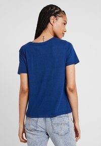 Tommy Jeans - SUMMER ESSENTIAL TEE - T-shirts - estate blue - 2