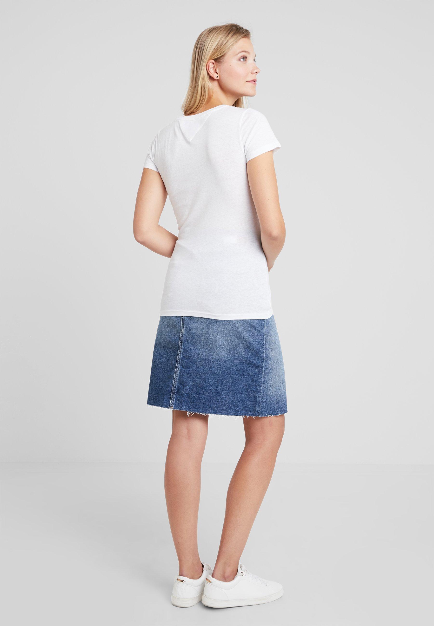 Tommy Jeans Tjw Essential Slim Logo Tee T-Shirt Femme