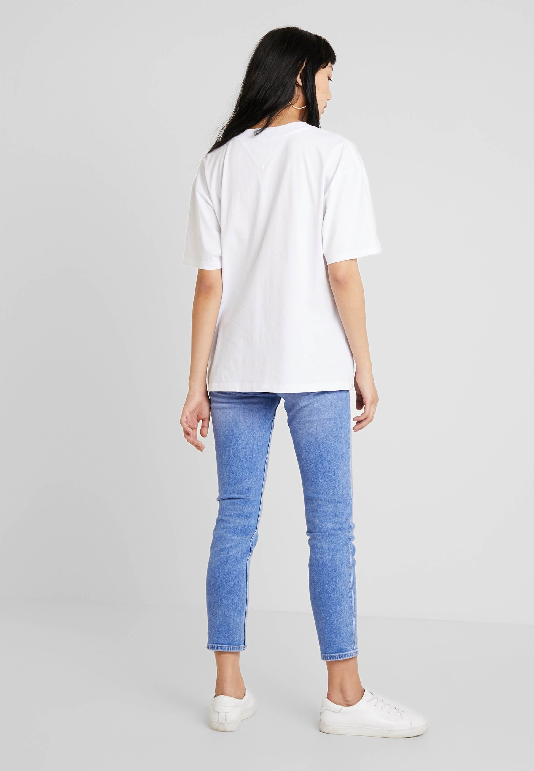 Box White TeeT Classic Logo shirt Imprimé Tommy Jeans 5Aj43RL