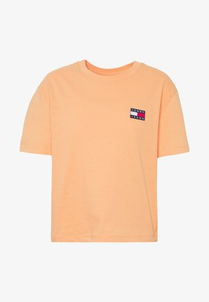 BADGE TEE - Jednoduché triko - melon orange