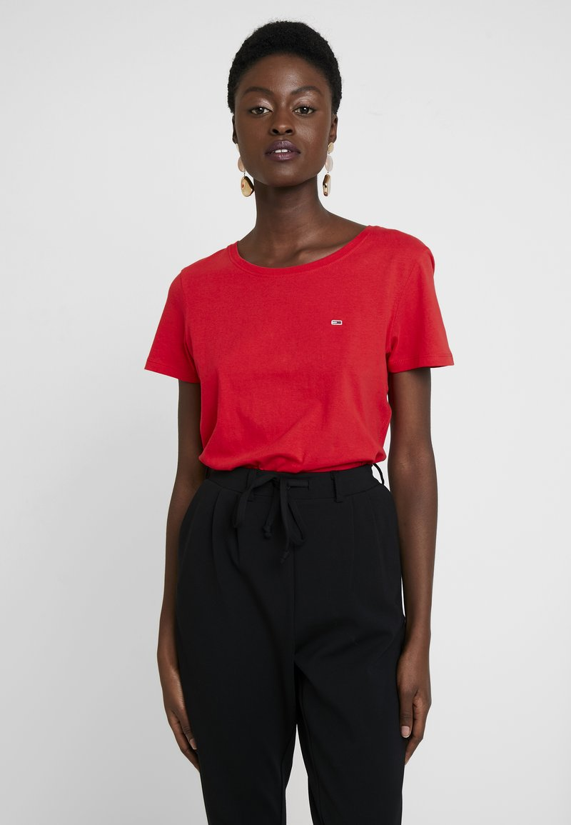 Tommy Jeans - SOFT TEE - T-shirt basique - flame scarlet