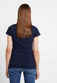 Tommy Jeans - SLIM MODERN LOGO TEE - T-shirt - bas - black iris - 2