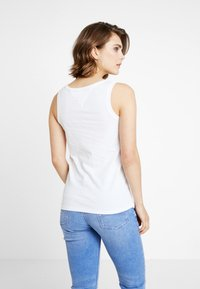 Tommy Jeans - TJW MODERN LOGO TANK - Top - classic white - 2