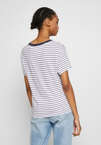 Tommy Jeans - ESSENTIAL STRIPE TEE - Print T-shirt - classic white / multi - 2