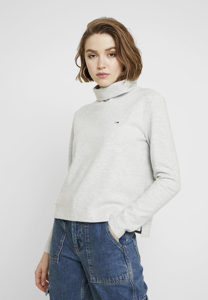 Tommy Jeans - HYBRID LONGSLEEVE - Langærmede T-shirts - pale grey