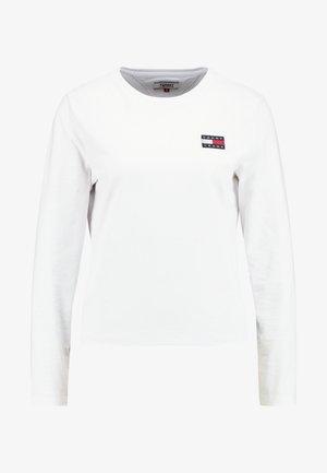 BADGE LONGSLEEVE - Top sdlouhým rukávem - classic white