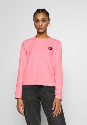 BADGE LONGSLEEVE - Long sleeved top - pink icing
