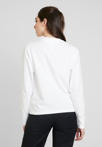 Tommy Jeans - CHEST LONGSLEEVE - Longsleeve - classic white - 2