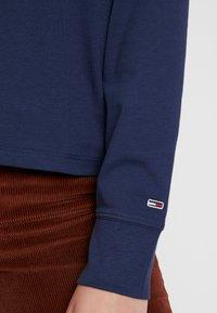Tommy Jeans - CHEST LONGSLEEVE - Top sdlouhým rukávem - black iris - 5