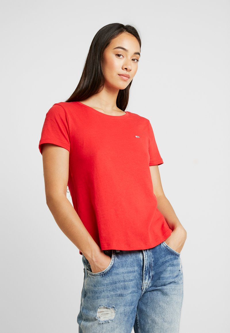 Tommy Jeans - TEE - T-shirt basique - racing red