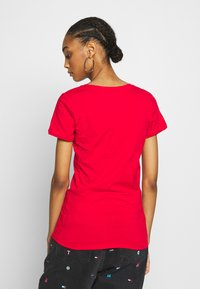 Tommy Jeans - SHORTSLEEVE STRETCH TEE - Basic T-shirt - deep crimson - 2