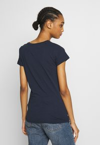 Tommy Jeans - SCRIPT  - T-shirt imprimé - twilight navy - 2
