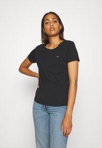Tommy Jeans - SOFT TEE - T-shirt basic - black - 0