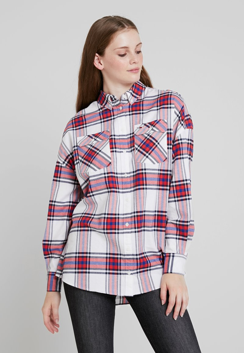 Tommy Jeans - MODERN CHECK - Chemisier - flame scarlet/classic white