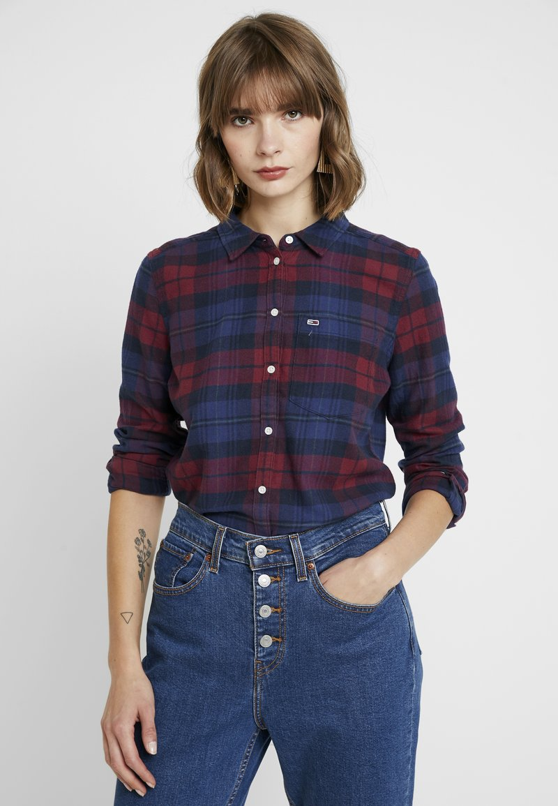 Tommy Jeans - REGULAR CHECK - Button-down blouse - blue/ multi