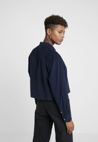 Tommy Jeans - TJW WASHED CORD SHIRT - Chemisier - black iris - 2