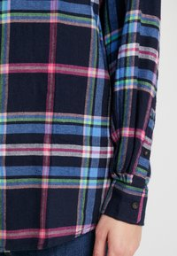Tommy Jeans - CHECK - Button-down blouse - mazarine blue - 6