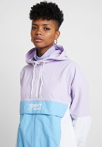 Tommy Jeans - RETRO COLORBLOCK POPOVER - Chaquetas bomber - pastel lilac/multi - 3