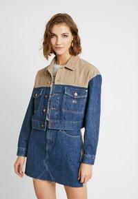 Tommy Jeans - CROPPED TRUCKER  - Denim jacket - blue denim - 0