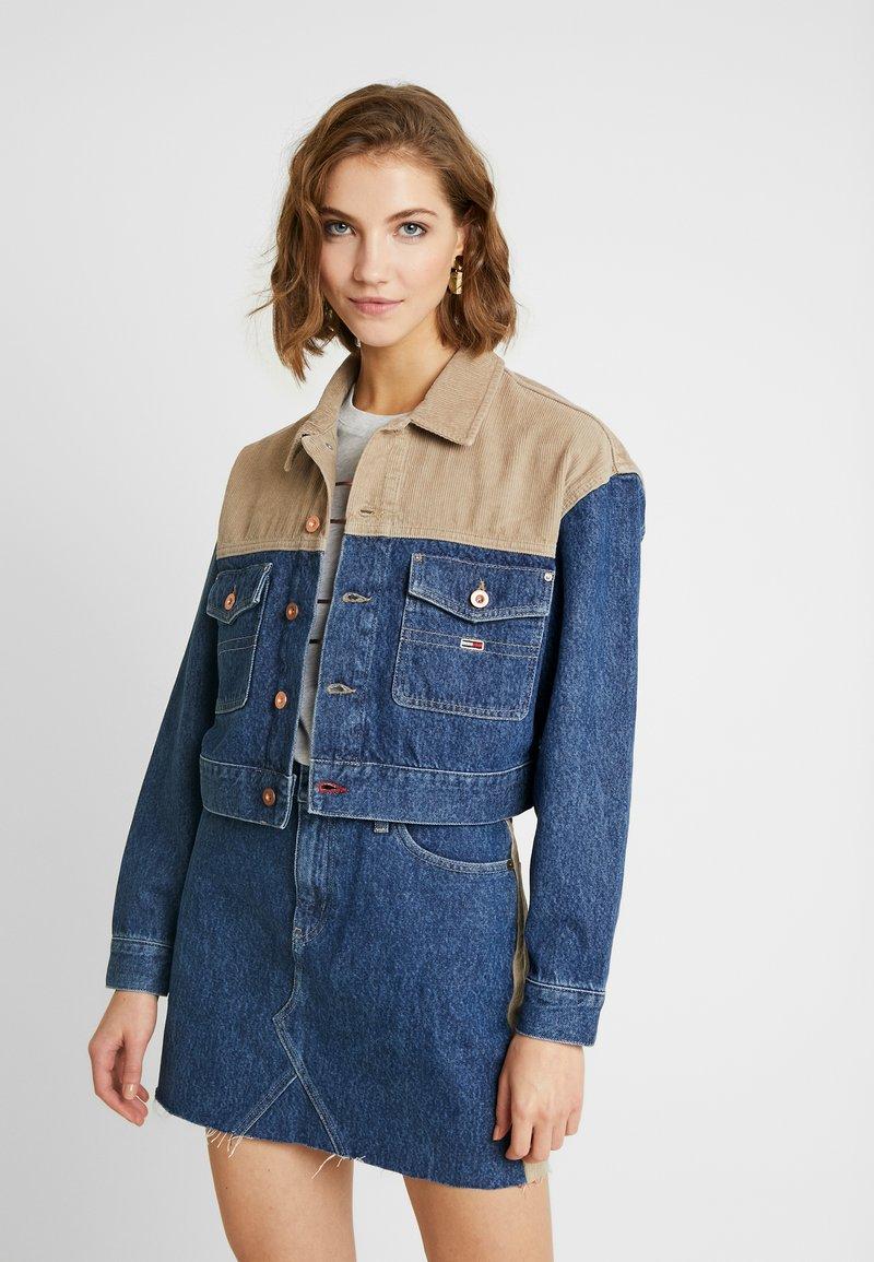 Tommy Jeans - CROPPED TRUCKER  - Denim jacket - blue denim