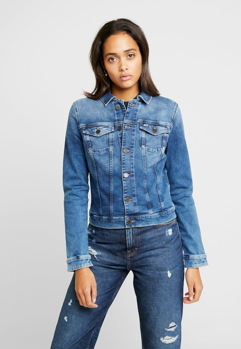 Tommy Jeans - SLIM TRUCKER VIVIAN - Denim jacket - blue denim