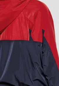 Tommy Jeans - Windbreaker - deep crimson/multi - 6