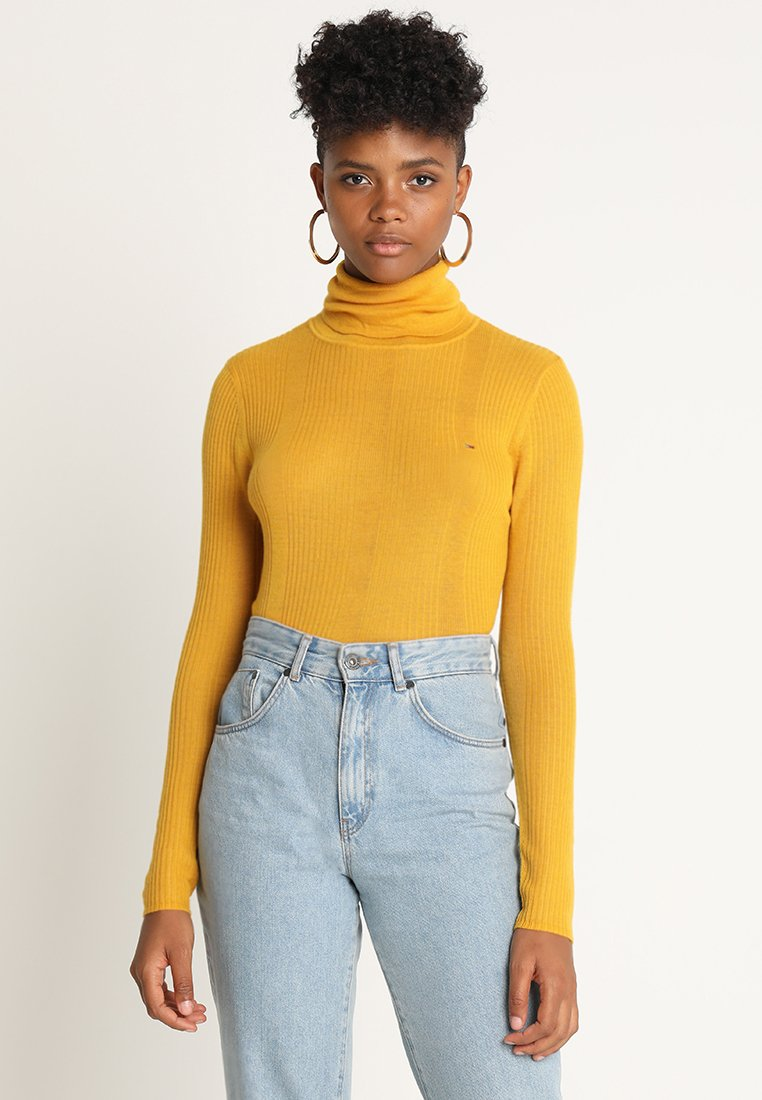 Tommy Jeans - ESSENTIAL TURTLENECK - Neule - mango mojito