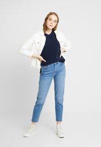 Tommy Jeans - SIDE SLIT CREW - Pullover - black iris - 1