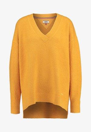 SIDE SLIT V NECK - Pullover - golden glow