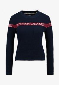 Tommy Jeans - LOGO STRIPE - Pullover - black iris - 5