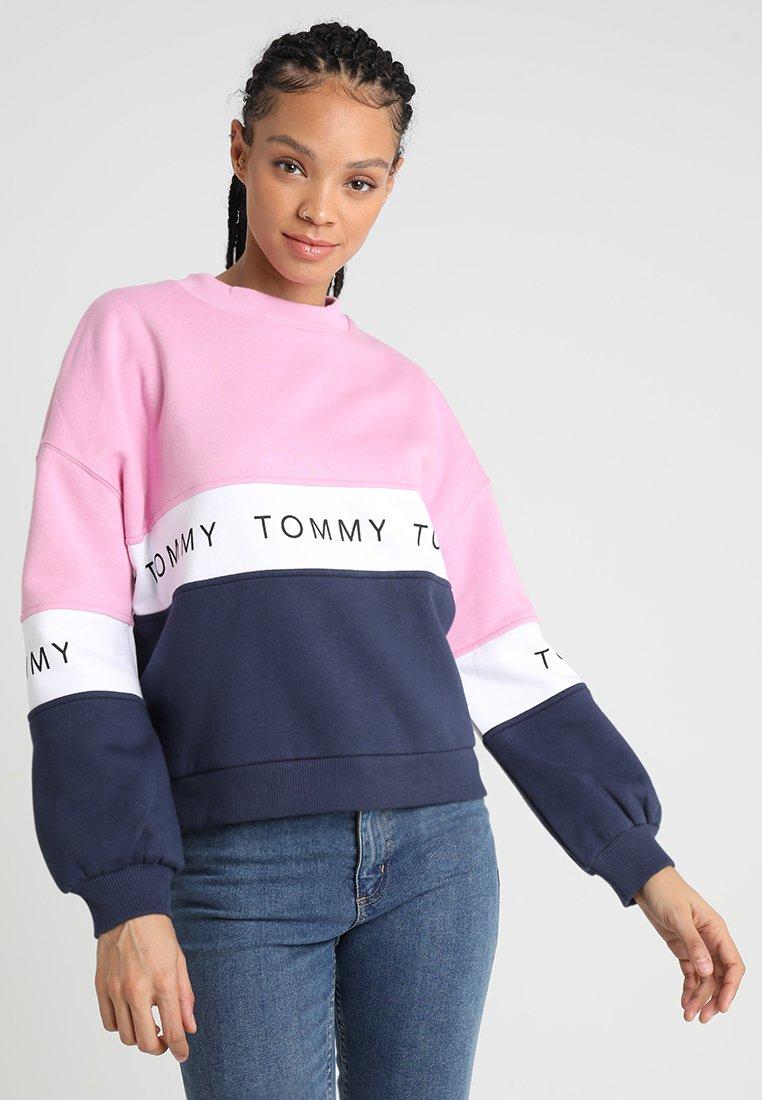 Tommy Jeans - COLORBLOCK - Sweatshirt - black iris/multi
