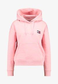 Tommy Jeans - BADGE HOODIE - Hoodie - pink icing - 4