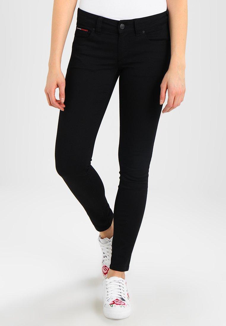 Tommy Jeans - LOW RISE SOPHIE  - Slim fit jeans - black denim