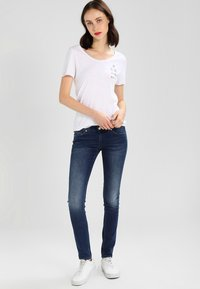 Tommy Jeans - Jeansy Skinny Fit - niceville mid - 1
