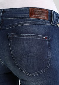 Tommy Jeans - Jeansy Skinny Fit - niceville mid - 4