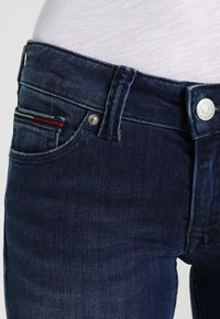 Tommy Jeans - Jeansy Skinny Fit - niceville mid - 3