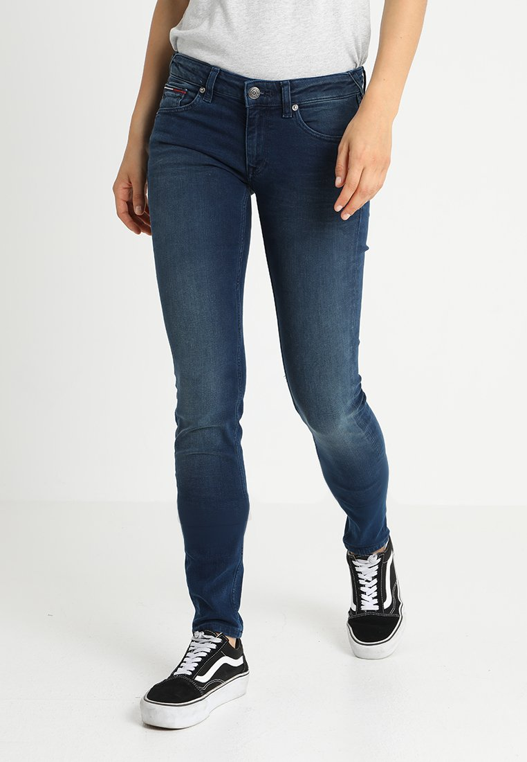 Tommy Jeans - LOW RISE SKINNY SOPHIE - Jeans Skinny Fit - dynamic evo stone midblue