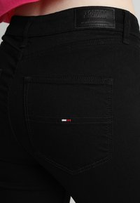 Tommy Jeans - HIGH RISE  - Jeans Skinny Fit - staten black stretch - 5