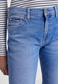 Tommy Jeans - HIGH RISE CROP - Džíny Slim Fit - blue denim - 3