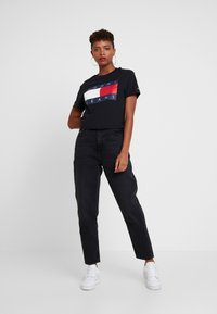 Tommy Jeans - HIGH RISE TAPERED  - Jeans baggy - blue-black denim - 1