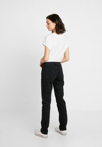 Tommy Jeans - MID RISE STRAIGHT 1985 - Džíny Straight Fit - black denim - 2