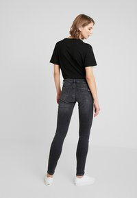 Tommy Jeans - SOPHIE LOW RISE - Jeans Skinny - jarvis - 2
