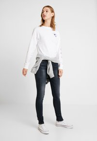 Tommy Jeans - HIGH RISE - Jeans Skinny - black denim - 1