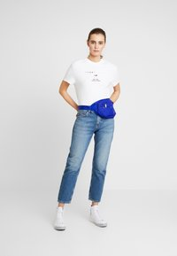 Tommy Jeans - IZZY HIGH RISE SLIM SNDM - Straight leg jeans - sunday mid - 1